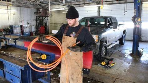 serve auto shops cater  diy mechanics