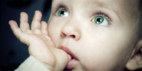 foto con web quale sar 224 il colore degli occhi tuo bambino roba
