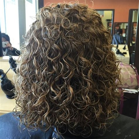 fat curl perm what size rod images of short length permed or body wave hairstyles with