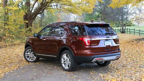 2016 ford explorer review roadshow