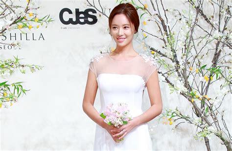 gaya rambut pengantin wanita korea anime obsessed