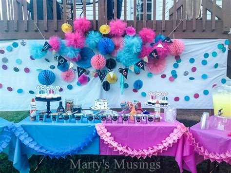 Inexpensive Backyard Wedding How To Host A Baby Gender Reveal Party Free Printables