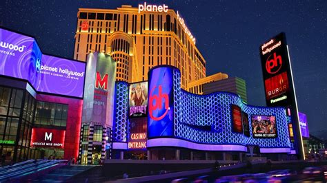new year 2018 in vegas bottomless new years las vegas nye nightlife guide