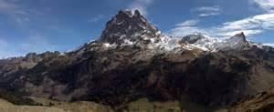 Pic Of File Pic Du Midi D Ossau Jpg Wikimedia Commons