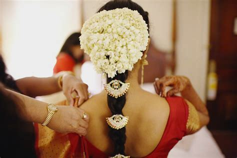 bridal hairstyles with gajra all about indian gajra accessory for hairs utsavpedia