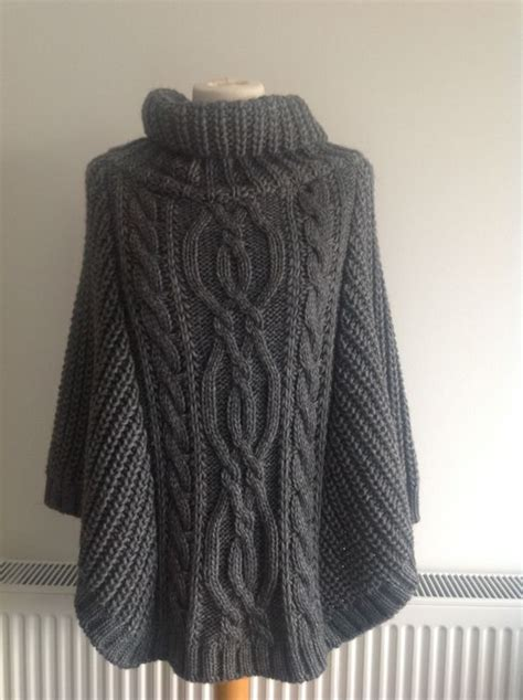 how to knit a poncho knitted ponchos http theponcho knitted