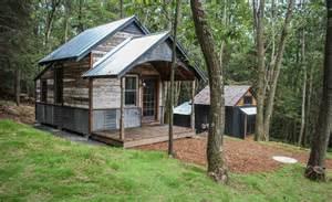 kaya tiny house swoon