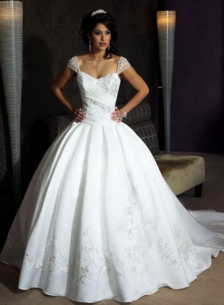 Brautkleider Pompös hochzeitskleid sissi