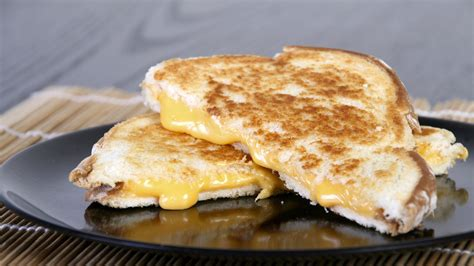 How To Make Grilled Cheese Sandwich In Toaster How To Make A Grilled Cheese
