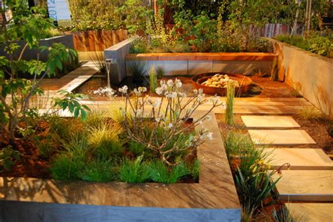 5 Tips To Maximise A Small Space Landscaping Small Backyard