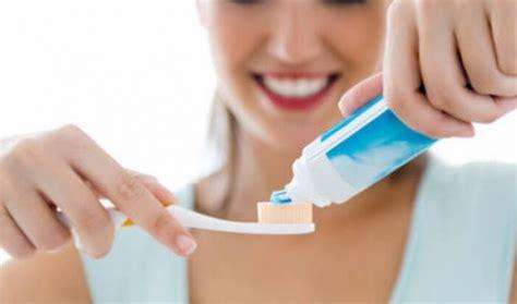 Untuk Pemutihan Gigi ini pasta gigi untuk jerawat yang tepat dan kandungannya meroket
