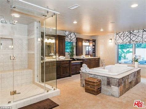 steamy bathroom nick and vanessa lachey sell encino mansion for 3 995m