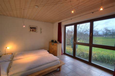 futonbett 180x220 maximalbelegung ferienhaus schwarzwald bei stra 223 burg