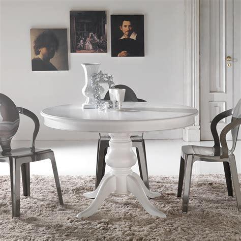 tavoli da pranzo classici tavolo da pranzo tondo classico in legno massello oliva