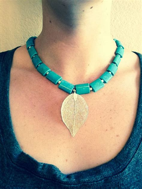 diy disney pocahontas necklace crafts and such