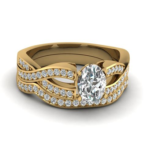 Wedding Rings Oval by Oval Shaped Wedding Ring Sets In 18k Gold