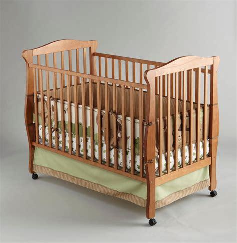 crown crafts infant inc