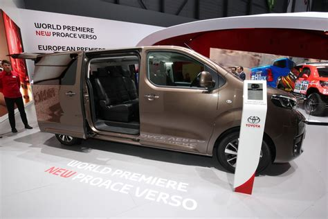 toyota verso offers new toyota proace verso mpv detailed offers seating for