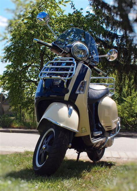 Mobile Motorrad Vespa 125 by Vespa Gts 300ie Vespa