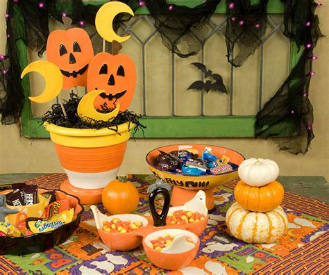 easy at home halloween decorations fall and halloween decorations for your home home tweaks