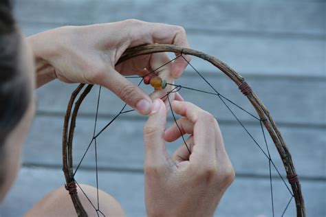 how to make catchers with make your own dreamcatchers babyccino daily tips
