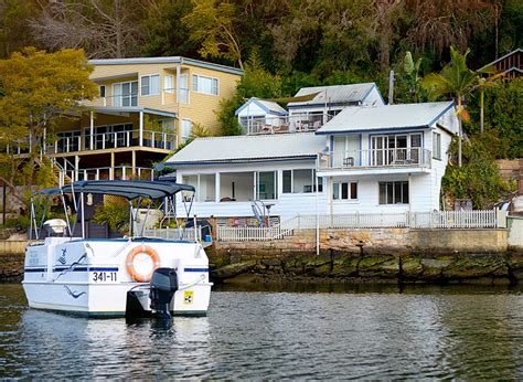 bbq fishing boat hire sydney bbq boat hire party and groups berowra waters holidays