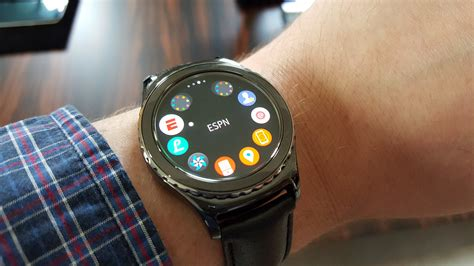 Hands On: Samsung Gear S2 Classic May Be the First Great Smartwatch   WIRED