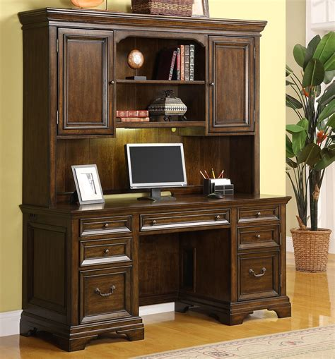 executive desk and hutch set flexsteel wynwood collection woodlands crendenza and hutch