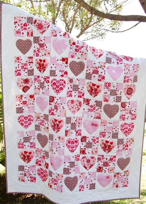 heart shaped quilt pattern 17 best images about hearts and flowers quilts on