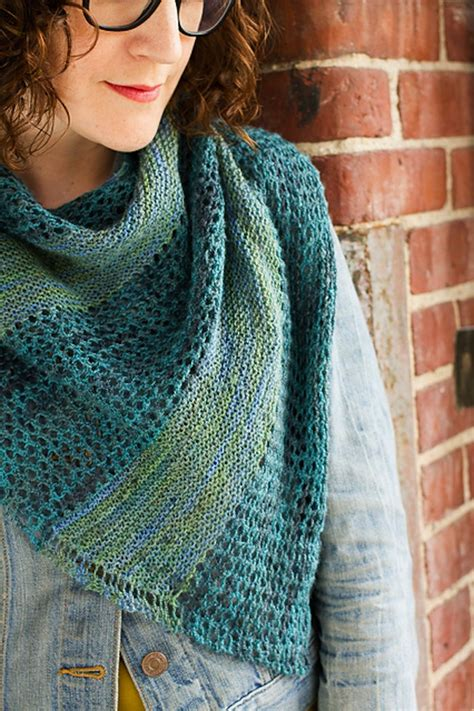 knitting shawls for beginners 15 beautiful knitted shawls for beginners