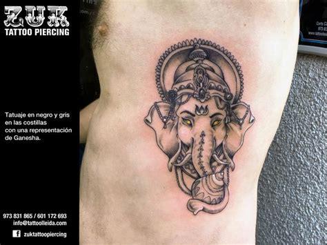 ganesha tattoo e piercing m 225 s de 25 ideas fant 225 sticas sobre tatuaje de ganesha en