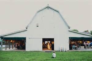 dress barn omaha ne historic barn wedding in nebraska city omaha weddings