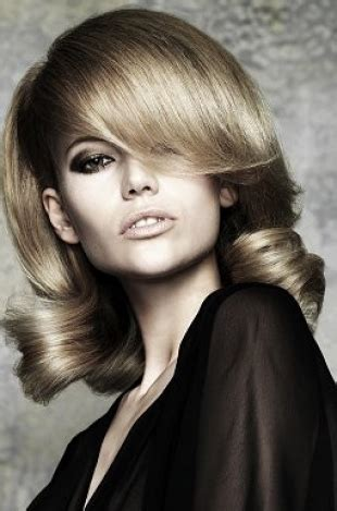 60s hairstyle trends bouffant beehive flip
