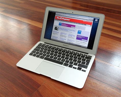 Macbook Air 11 apple macbook air 11 inch 2013 netbook with next tech