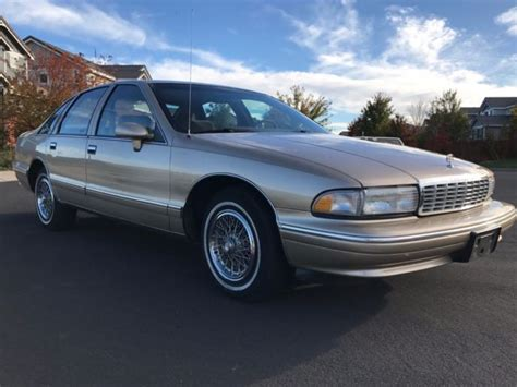 1993 chevrolet caprice classic very clean original vehicle