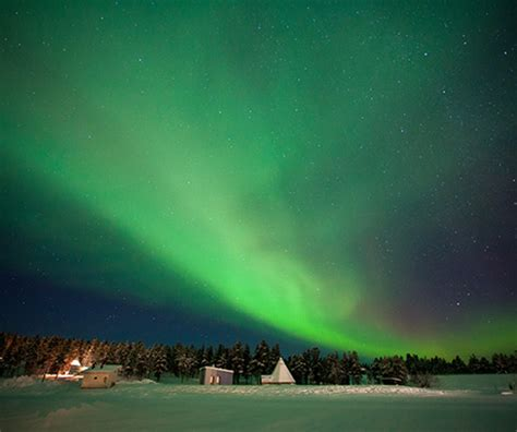 best place to see northern lights in canada top 4 places to view the northern lights a luxury travel