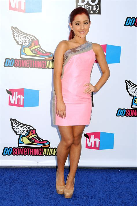 what to wear ariana grande ariana grande wear pink dress at 2011 vh1 do something
