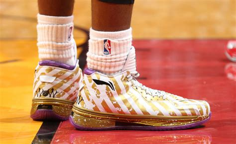 Sepatu Basket Li Ning Wade All Day 2 Color Dazzle kicks les li ning way of wade 2 ring