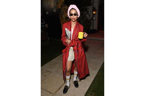 hollywood celebrities halloween costumes 2018 all the best celebrity halloween costumes 2018 hypebae