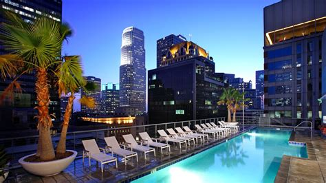 appartments los angeles pegasus apartments financial district los angeles 612 s flower street