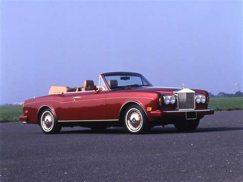 rolls royce vintage convertible classic rolls royce corniche convertible buying guide
