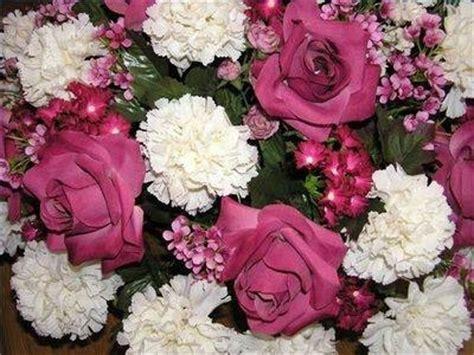 creare fiori finti fiori finti composizione di fiori finti