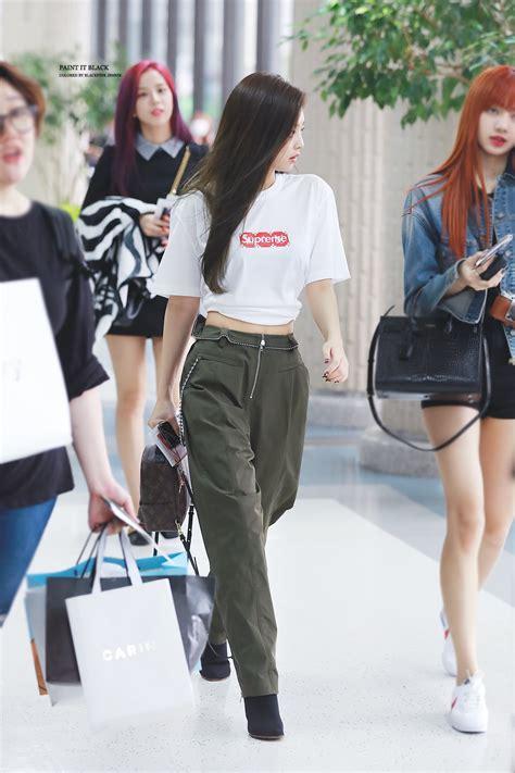blackpink fashion jennie s fashion sense kpop girl groups pinterest