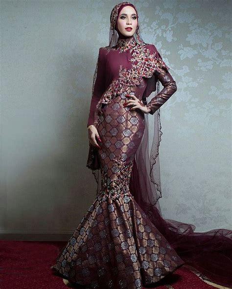 Gamis Yumna Marron dally wearing a custom marron gold songket dress bridesbyrizmanruzaini bridal