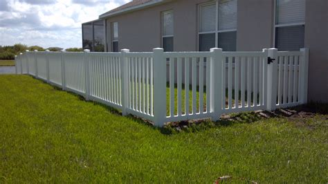 pvc plastic fence company fencing companies