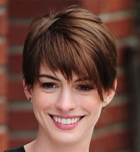 triangle shaped face pixie haircut women pixie haircuts 2015 for face shape