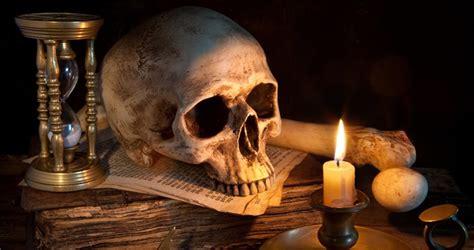 candela rossa magia magia magia rossa magia nera e ne vediamo di