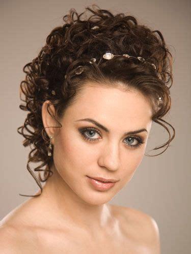 hairstyles curly hair video curly elegant wedding hairstyles weddingwoow com