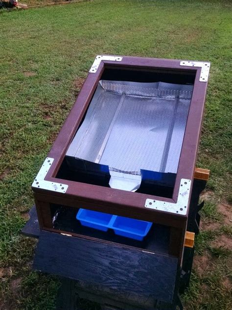 solar wax melter the hive solar bees wax melter what i have made pinterest
