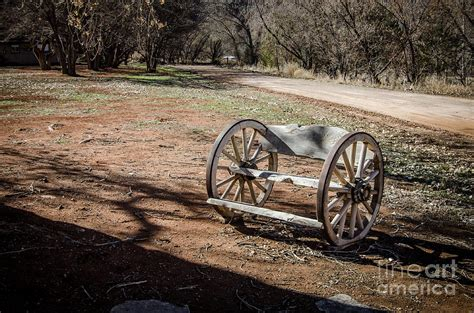 metal wagon wheel bench wagon wheel bench photograph by bob and nancy kendrick